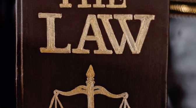 Hukum dan Air Mata