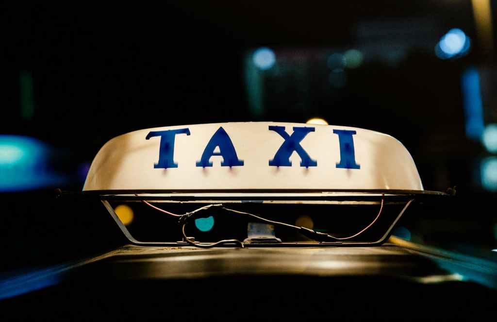 taxi online, gocar, grabcar, lalu lintas batam indonesia